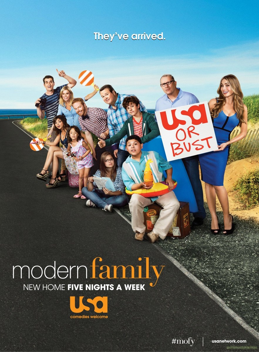 judy casey news modern family for usa network. Black Bedroom Furniture Sets. Home Design Ideas