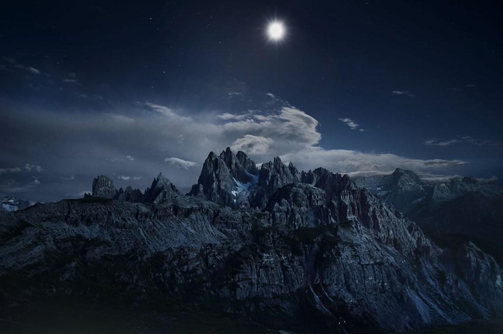 MichaelSchnabel_BA_NightMountain.jpg