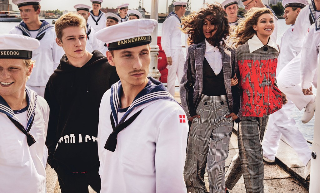 9d0847365c6266 Streeters - News - Vogue US September 2016 - Mad About the Boy