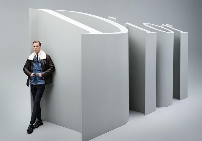Dior Homme, source: Dior Homme, Jacob K