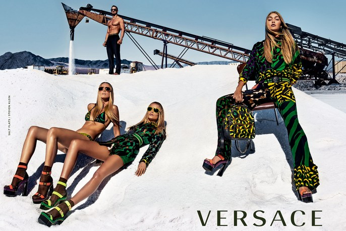 Jacob K, Versace, styling, lucia pieroni, makeup, Gigi Hadid, Andrea Stanley, SS 2016, source: Versace SS16