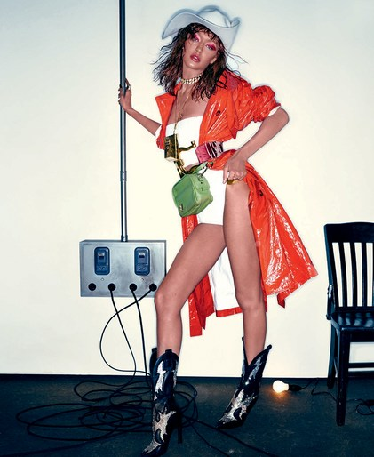Editorial, Steven Klein, Patti Wilson, Vogue Italia, source: vogue italia, Gigi Hadid, Magazine Cover